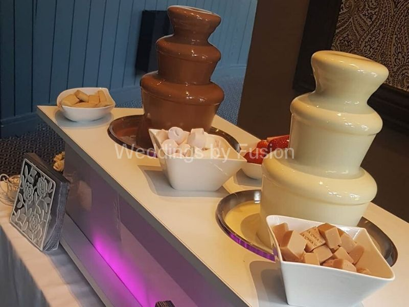 white and milk chocolate fountain for rent